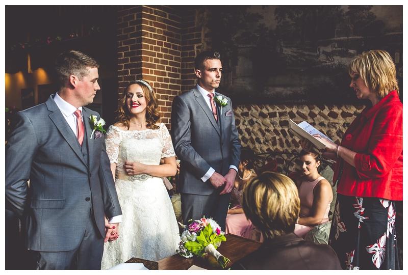 Chaucer Barn Wedding, Jamie Groom Photography_0123